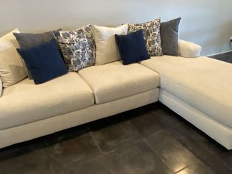 Sectional Sofa for Sale in Fort Lauderdale,  FL