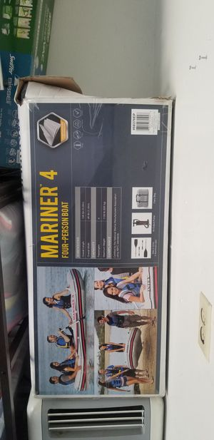 Intex mariner 4 with intex motor mount for Sale in Chino Hills, CA