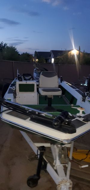 Fishing boat for Sale in Victorville, CA