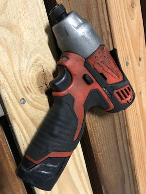 Milwaukee M12 impact driver with battery for Sale in Santa Clara, CA