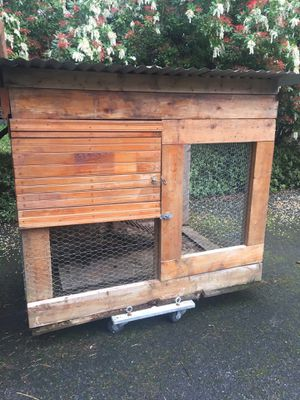 Great Condo Chicken Coop for Sale in Snohomish, WA