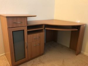 Corner desk for Sale in Phoenix, AZ