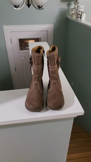 New Toddler girl Boots for Sale in Providence, RI