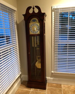 Grandfather clock. Like new condition. Keeps great time for Sale in McLean, VA