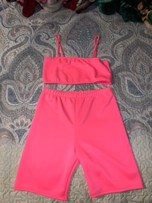 hot pink two piece set for Sale in San Antonio, TX