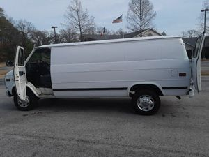 Chevy van only tonight 900 for Sale in Whitehouse, TX