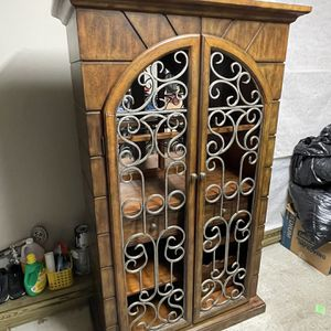 Bar Kitchen Hutch for Sale in Raleigh, NC