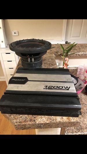 Amp and 2 magnet subwoofer kicker custom for Sale in Laveen Village, AZ