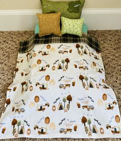 """New American Girl Sized Camping Green Plaid 4 Piece Bedding Set for 18"""" Doll which includes 3 pillows and a blanket. for Sale in Colorado Springs,  CO"""