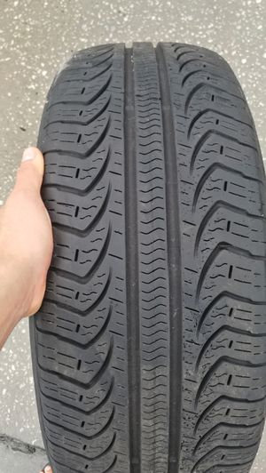 Old used tire for Sale in Orlando, FL