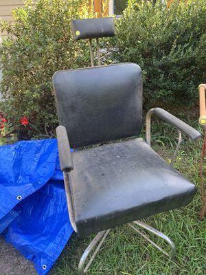 Antique Barbershop Chair for Sale in Sharpsburg, GA