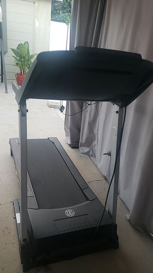 Golds Gym Treadmill for Sale in Santa Fe Springs, CA