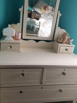 Girls Dresser for Sale in Bonney Lake,  WA