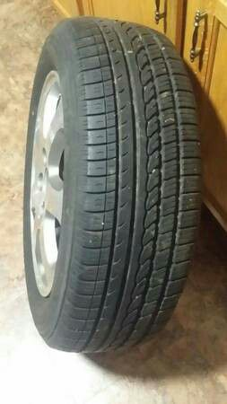 Tire & rim for honda accord 205/60/16 $90 cashh no low ballers. for Sale in UNIVERSITY PA, MD