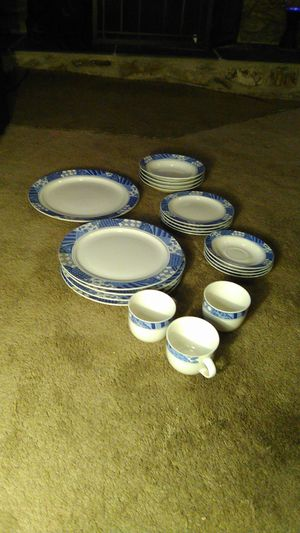 """Almost Complete HUGE Antique Vintage China Set Genuine Stoneware """"Patch of Blue"""" 1994 Designed by Sue Zipkin for Sale in Lakeside, CA"""