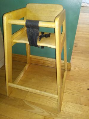 High chair for Sale in Bluffdale, UT