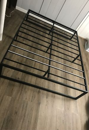 Queen size bed frame. One week use. Like brand new. for Sale in Pawtucket, RI