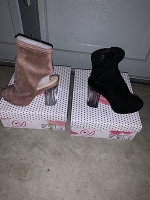 Women's heels size 7 $10 each for Sale in Fayetteville, NC