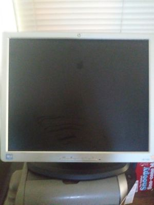 Hp computer monitor for Sale in San Bernardino, CA