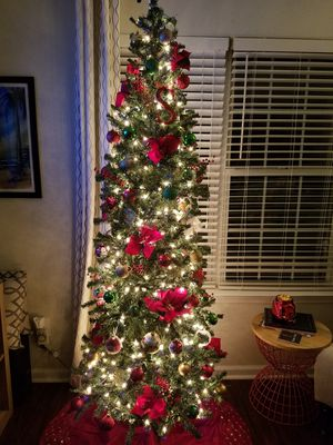 7.5 Foot non-lit slim christmas tree for Sale in Kennesaw, GA