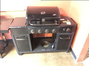 Brand New Kenmore 4 Burner with Side Burner Gas Grill 35 for Sale in Ontario, CA
