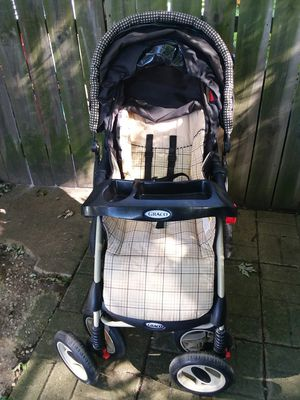 Graco baby stroller for Sale in Joliet, IL