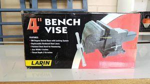"""Bench vise 4"""" for Sale in Umatilla, FL"""