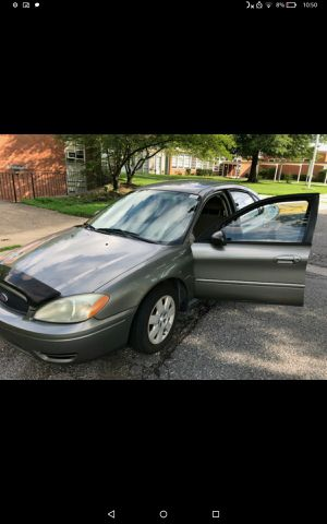 04' Ford Taurus 🚗 for Sale in Bladensburg, MD