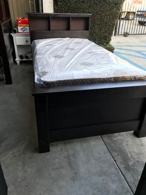 TWIN SIZE BED MATTRESS INCLUDED for Sale in South Gate, CA