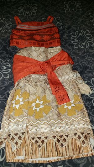 Moana disney costume for Sale in Ontario, CA