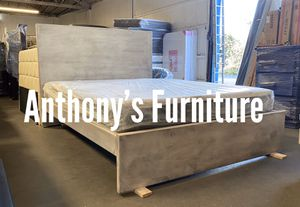 Queen bed & bamboo mattress for Sale in Lynwood, CA
