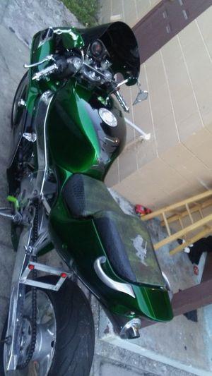 Motorcycle Kawasaki 750 for Sale in Orlando, FL