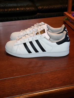 Adidas superstar slightly worn size 10.5 asking $25 for Sale in Modesto, CA