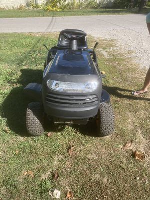 Poulan Pro Riding Lawn Mower for Sale in Hilliard, OH