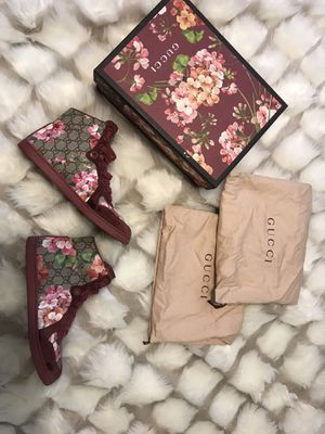 Gucci Bloom High Tops size 41 for Sale in Cincinnati, OH