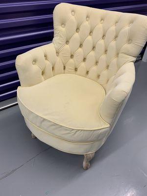 Tufted Accent Velvet Chair for Sale in Fairfax, VA