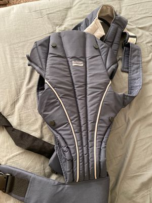 Britax baby carrier for Sale in Montclair, CA
