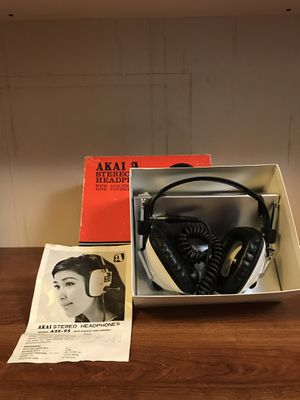Akai stereo headphones (ASE-9S) for Sale in Tacoma, WA