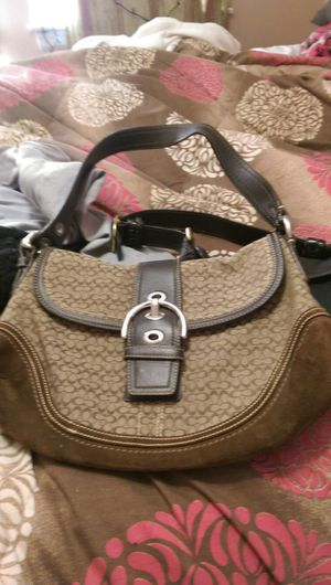 Authentic coach bag for Sale in Dracut, MA