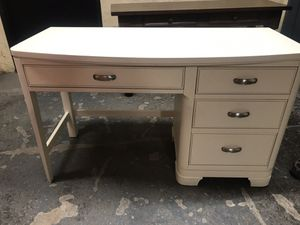 Raymond and Flanigan Desk for Sale in New York, NY