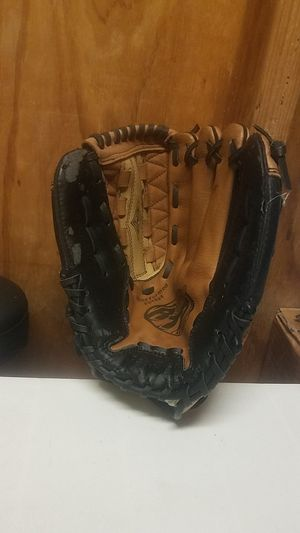 "Franklin RTP softball glove, 12"" for Sale in Whittier, CA"