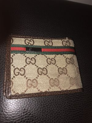 Gucci wallet for Sale in Randallstown, MD