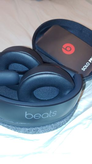 Beats Solo PRO for Sale in Lawrence, MA
