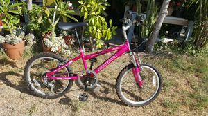 20 Magna Mardtial 6 Speed For Kid Simi New $40 for Sale in Whittier, CA