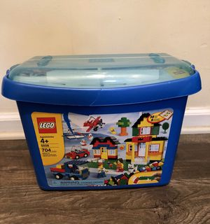 Lego 704 pcs in excellent condition for Sale in Pine Lake, GA