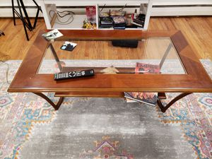 Glass Top Coffee Table for Sale in Kensington, MD