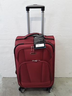 CARRY-ON SIZE TSA ACCEPT for Sale in Miami, FL