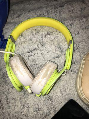 Beats (mixr) headphones for Sale in San Antonio, TX