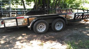 18 ft car hauler like new for Sale in Midwest City, OK