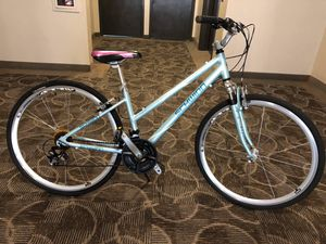 Schwinn Avenue Hybrid Bike for Sale in Falls Church, VA
